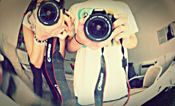 foto-tolstyak-s-fotoapparatom