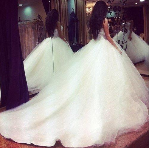 Фото свадебного платья спина брюнетка